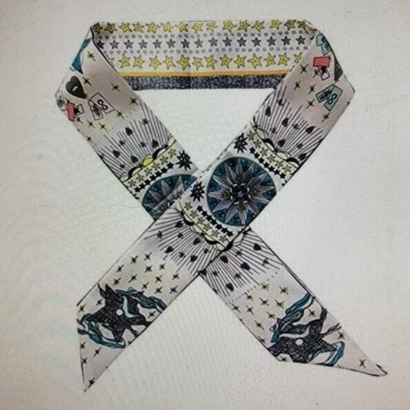 Accessories - Scarf, ribbon